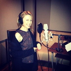 Kylie-Minogue-got-busy-recording-studio